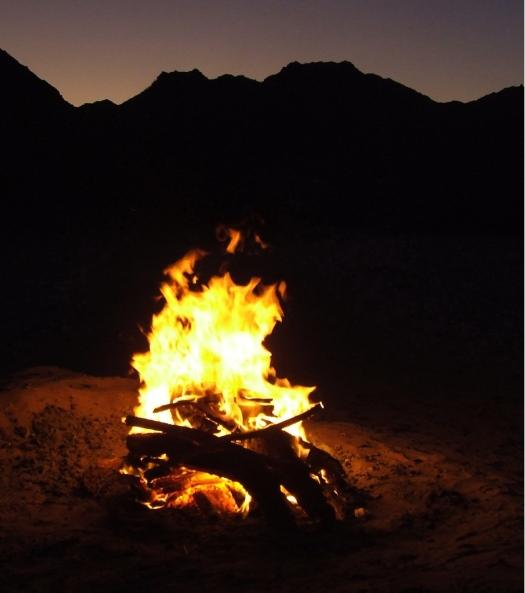 fuoco-nel-deserto